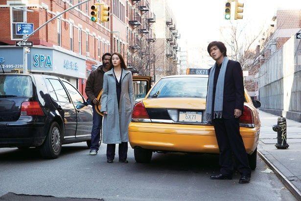 「NYの国連の撮影ではエキストラ400人、ボランティアの国連のスタッフ100人を集めて行った」と阪本監督