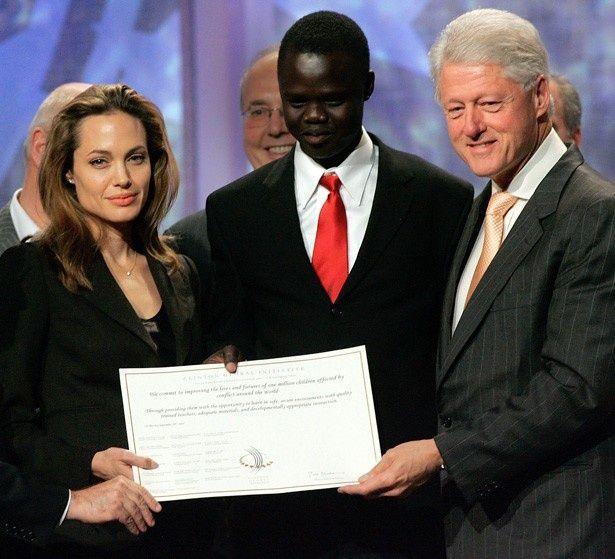 アンジェリーナ・ジョリーとビル・クリントン元米大統領