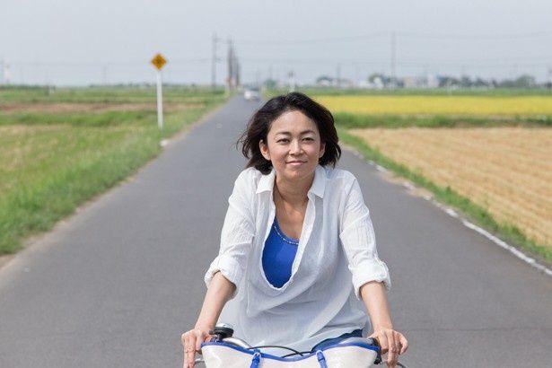 美奈子の波瀾万丈の人生が描かれる映画『ハダカの美奈子』