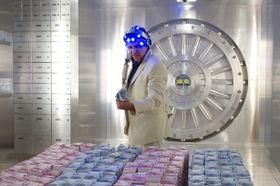 衝撃!ラスベガスからパリの銀行を襲う驚きのイリュージョンとは?