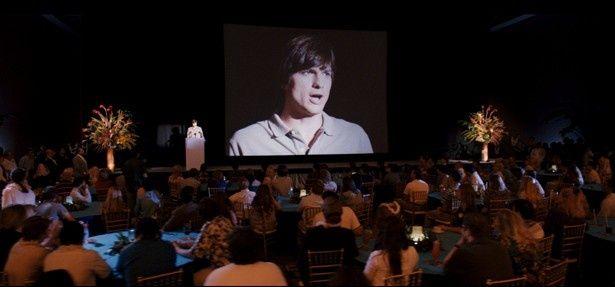 映画『スティーブ・ジョブズ』で描かれる初代Macintoshの発表の瞬間