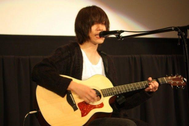 ボーカル&ギターの内澤崇仁が最後に主題歌を歌い上げた