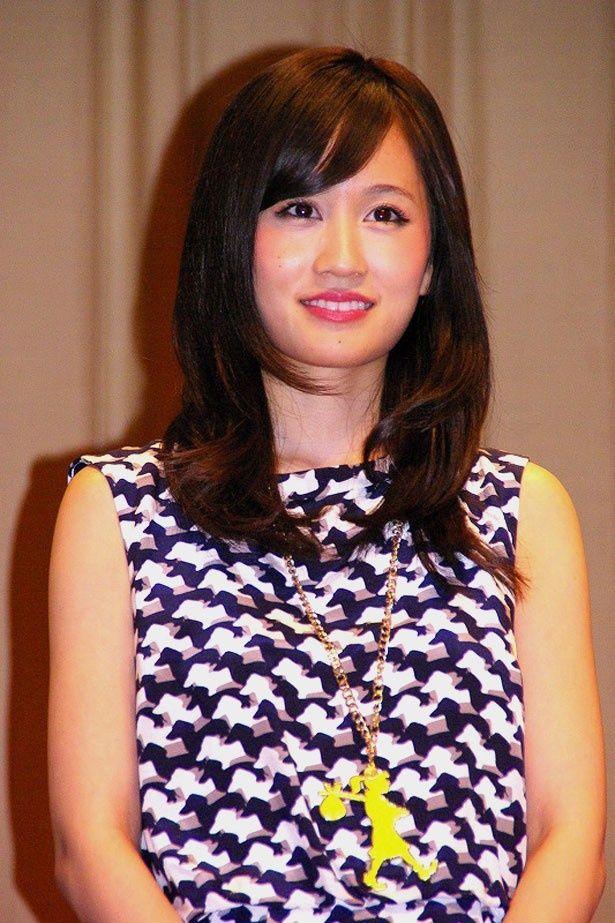 「初めてのファンイベント。大きい会場でうれしいです」と喜びを語った前田敦子