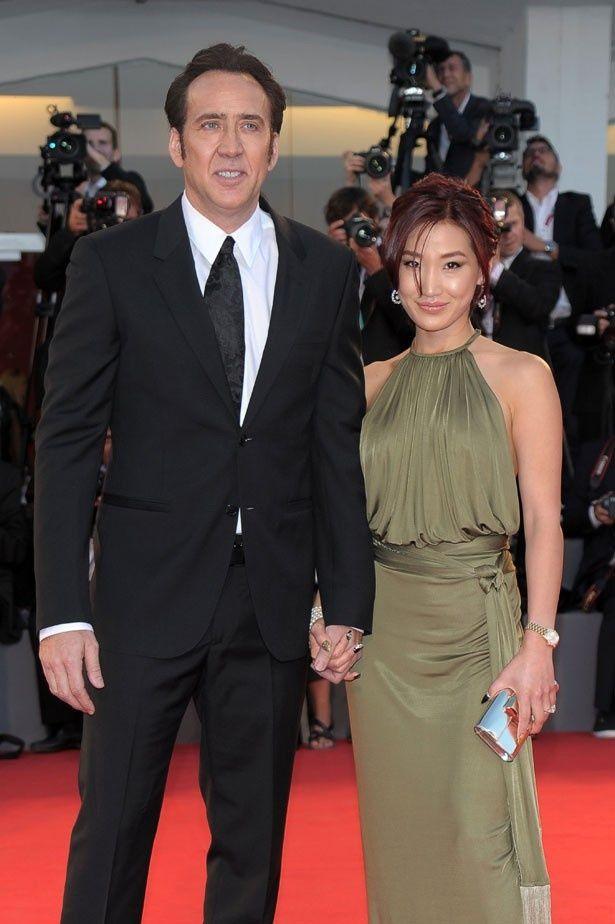 写真の流出は阻止したい!ニコラスと韓国系アメリカ人で4番目の妻アリス・キム