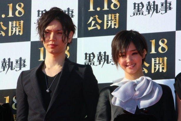 『黒執事』で共演した水嶋ヒロと剛力彩芽
