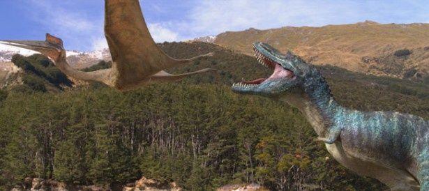 恐竜たちの皮膚を覆う鱗の1つ1つが動くなどリアルな映像が見ものだ