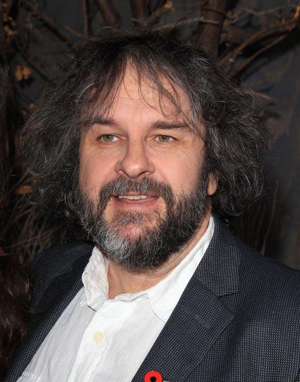 違法にダウンロードされた回数が1位となってしまった『ホビット 思いがけない冒険』の監督ピーター・ジャクソン