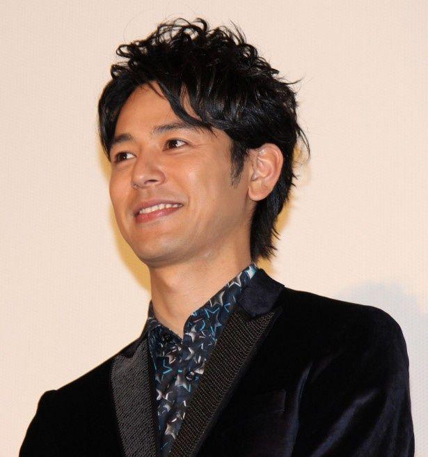 『ジャッジ!』初日に妻夫木聡が晴れやかな笑顔!