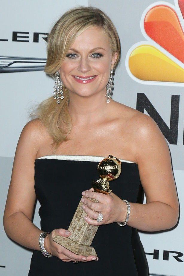 主演女優賞を獲得したことで大興奮のエイミー・ポーラー