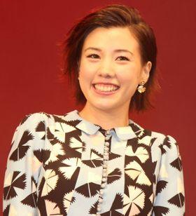 生田斗真が「童貞です!」と高らかに挨拶。仲里依紗はお色気たっぷりの役柄に「恥ずかしい」