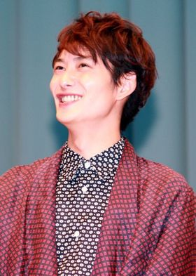 岡田将生、「寂しがり屋」「子犬系」といじられ赤面!
