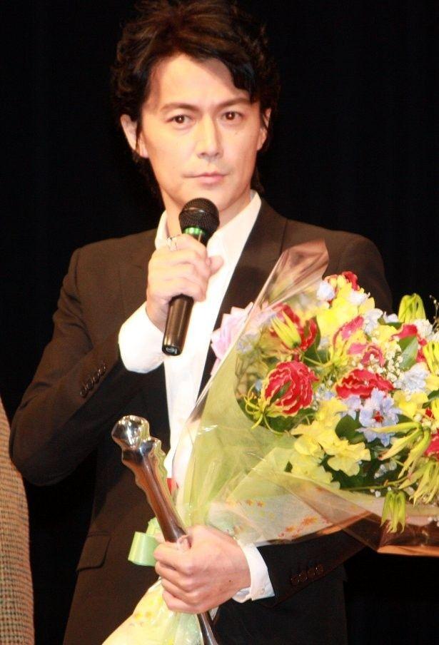 ヨコハマ映画祭で主演男優賞を受賞した福山雅治