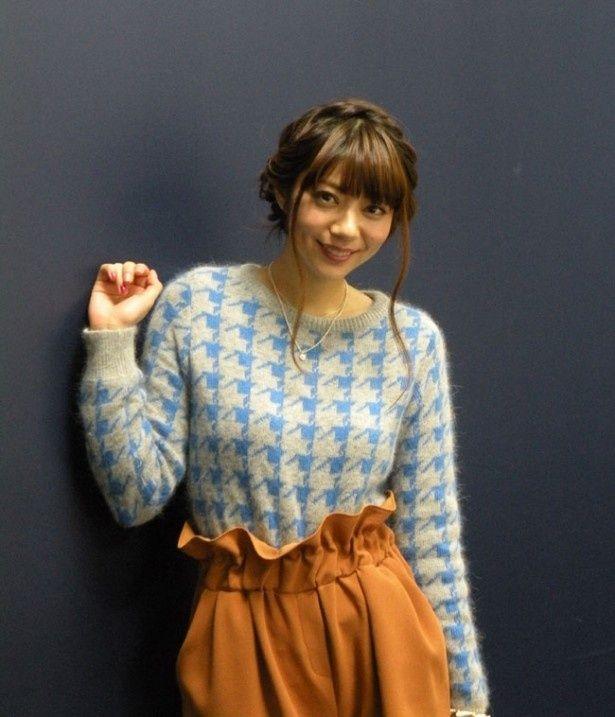 劇中での険しい表情とは違い終始笑顔を見せてくれた芳賀優里亜