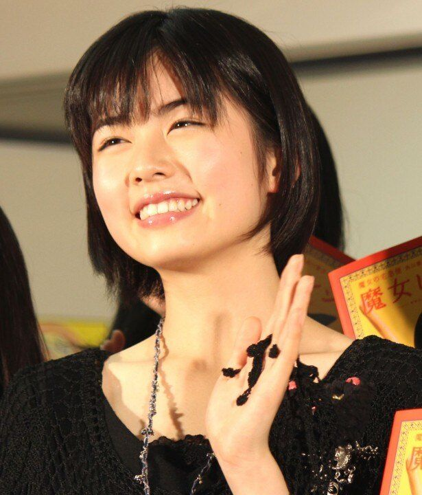 『魔女の宅急便』キキ役の小芝風花。キュートな16歳!