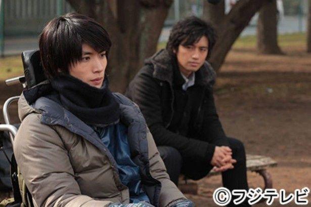 2月12日(水)放送の第6話では拓人(三浦春馬)は車いす生活に