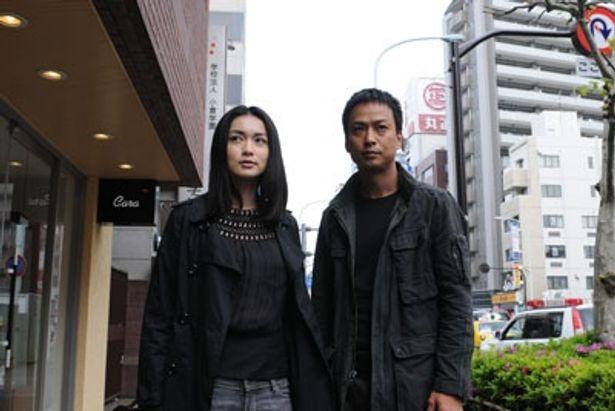 長谷川京子はジャズ・ピアニスト役で出演