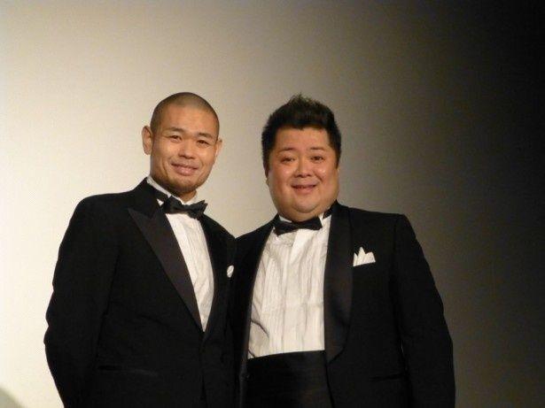 映画『サンブンノイチ』の舞台挨拶に登壇した品川ヒロシ監督(写真左)と小杉竜一(同右)