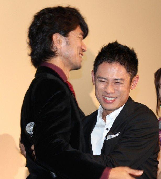 伊藤淳史と仲村トオルが「チーム・バチスタ」卒業式で熱い思いを語った