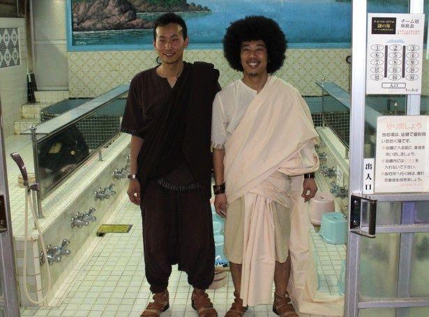 古代ローマ人になりきった2人