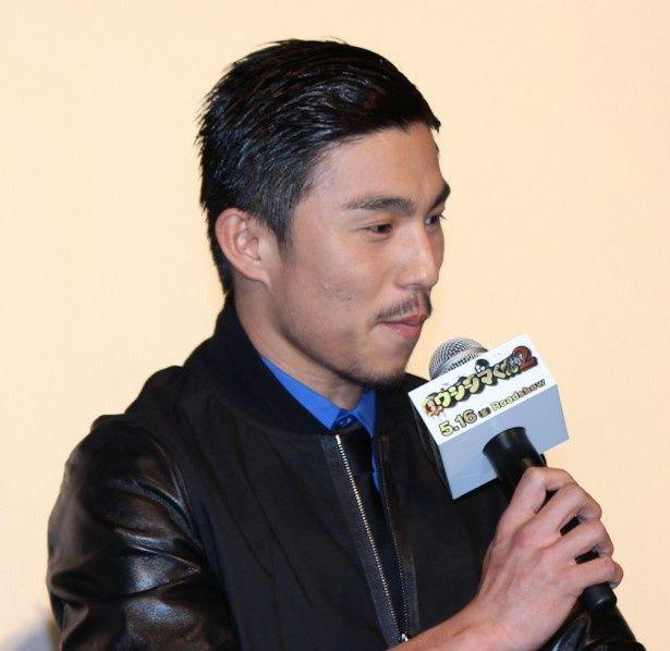 暴走族の総長・愛沢役の中尾明慶