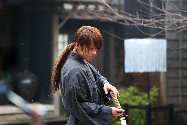 佐藤の動き、剣術の速さは見応え十分!剣心になり切った彼の演技にうっとり