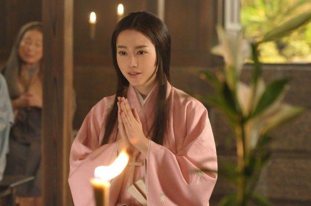 大河ドラマ「軍師官兵衛」で桐谷美玲は、絶世の美女と言われた荒木村重の妻・だしを演じる