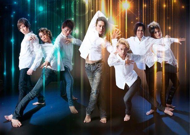ダンスアクター5名とヴォーカリスト2名からなるDIAMOND☆DOGS
