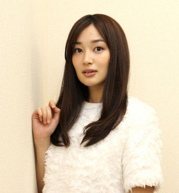注目の若手女優・高梨臨が明かす、堂珍嘉邦の素顔とは?