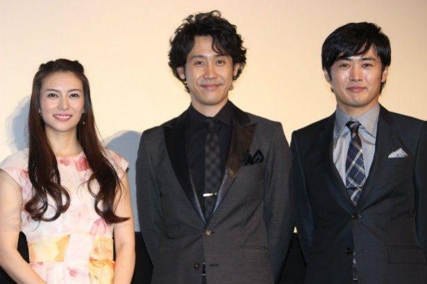大泉洋、柴咲コウ、劇団ひとりが『青天の霹靂』の初日舞台挨拶に登壇