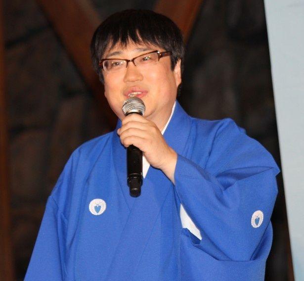 今村清右衛門役を演じる六角精児