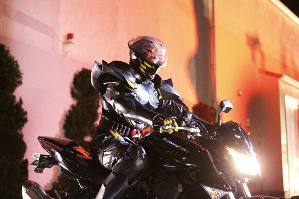 ジロー=キカイダーを破壊しようと出現する暗黒の戦士、ハカイダー
