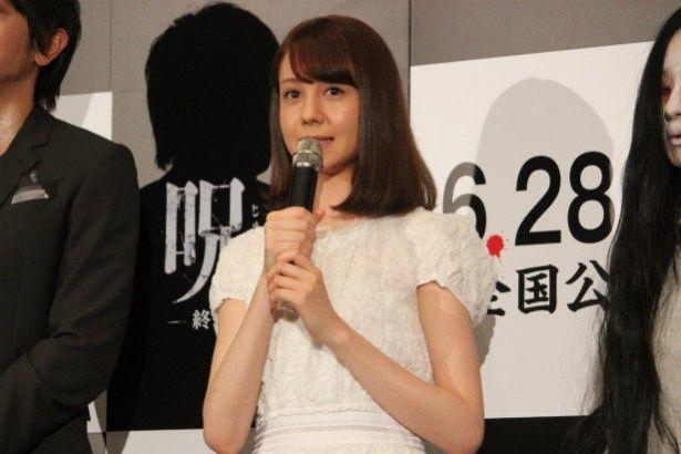 女子高生七海役のトリンドル玲奈