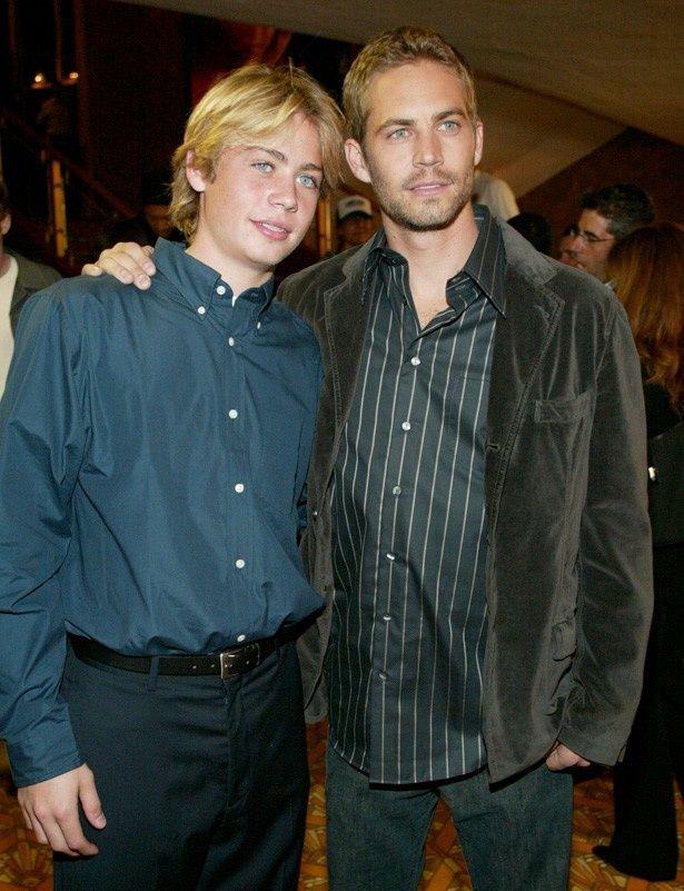 【写真を見る】ポールと弟コディの2ショット(写真は2003年のもの)