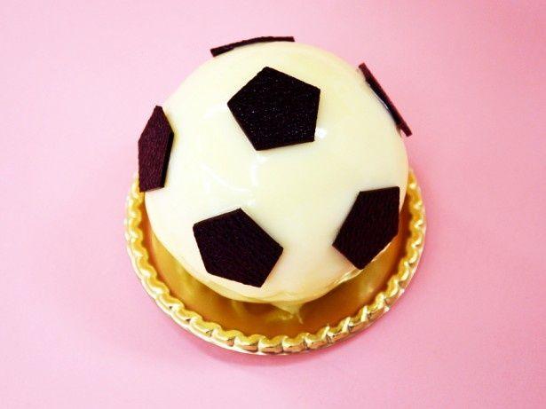 五角形のチョコレートで、サッカーボールを表現!