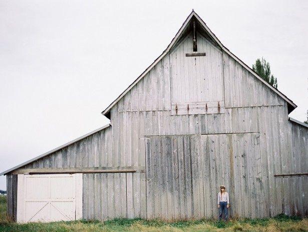 ローラ・ダートの作品。旅にまつわる写真を撮り続けている写真家である