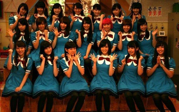 「NMB48 げいにん!!!3」に出演するNMB48のメンバーその1。下段左から小谷里歩、矢倉楓子、渡辺美優紀、山本彩、山田菜々、薮下柊