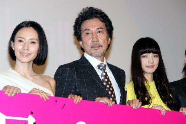 『渇き。』の舞台挨拶に登壇した役所広司、小松菜奈、中谷美紀