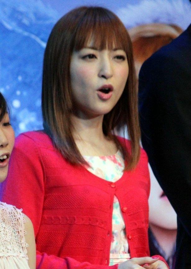 『アナと雪の女王』のイベントで神田沙也加が観客と共に熱唱!