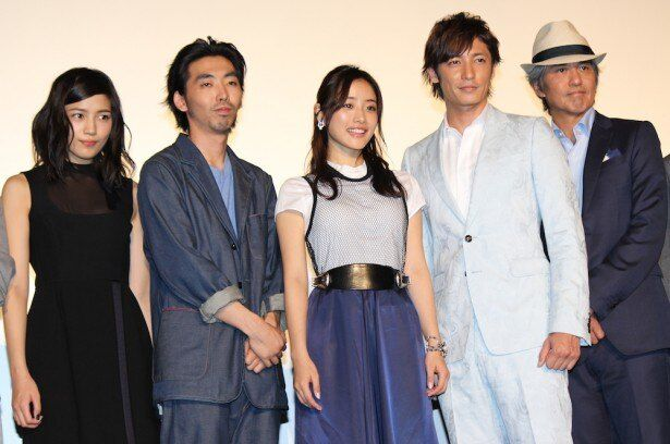 『幕末高校生』の完成披露上映会に豪華出演者陣がそろって登場!