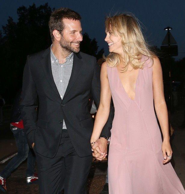 ブラッドリー・クーパーとスキ・ウォーターハウスがついに結婚!?