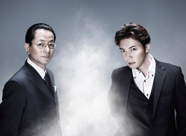 「相棒season13」でも引き続きコンビを組む杉下右京役の水谷豊、甲斐享役の成宮寛貴(写真左から)