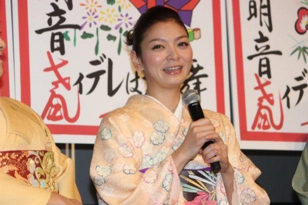 下八軒唯一の舞妓・百春役の田畑智子
