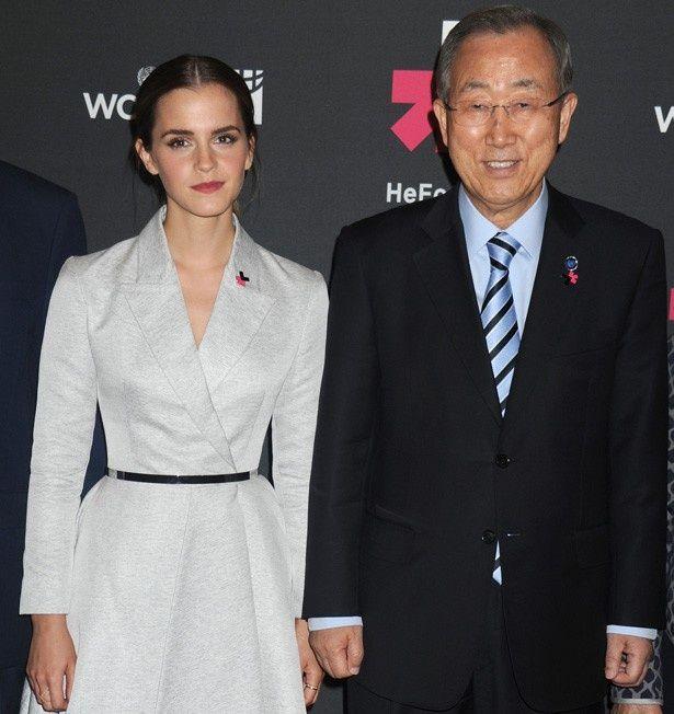 第8代国際連合事務総長パン・ギムンと並んで