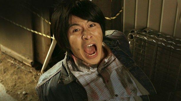 村井良大扮する童貞青年としゆきが、ゾンビに生け捕りされ飼育させられる!