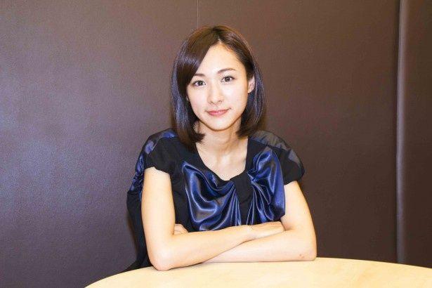 映画「小川町セレナーデ」で小夜子役を演じる藤本泉。サンテレビにて'15年1月に放送されるスペシャルドラマ「神戸在住」では主人公・桂役で出演する