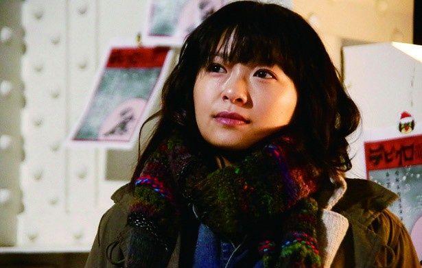 榮倉奈々が、男勝りのサバサバ女子・杏奈を演じる
