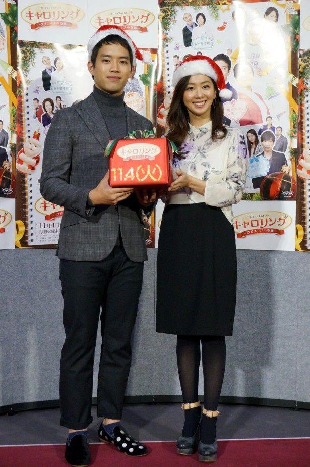 11月4日(火)スタートのドラマ「キャロリング~クリスマスの奇跡~」の試写会に登壇した(左から)三浦貴大、優香