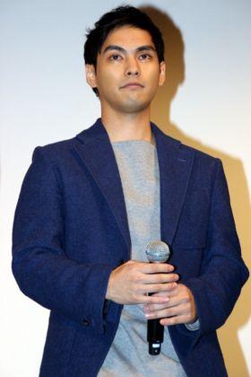 柳楽優弥、「眉毛、剃りな。つながっちゃダメ」とダメ出し体験談を告白