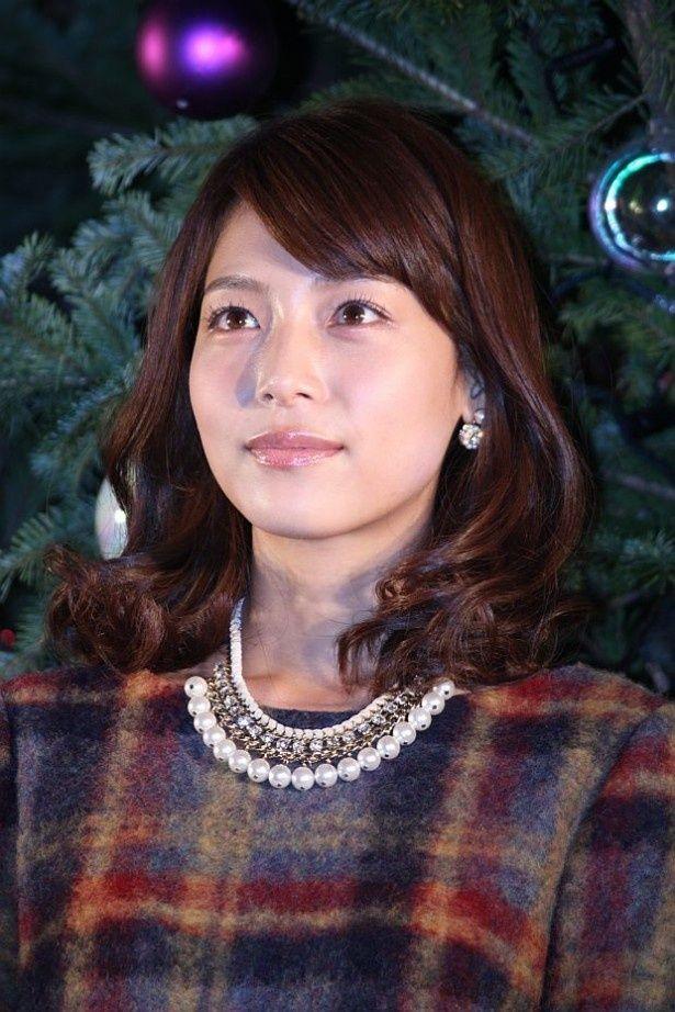 渋谷ヒカリエで開催されたメインツリー、ヒカリノキの点灯式に出席した相武紗季