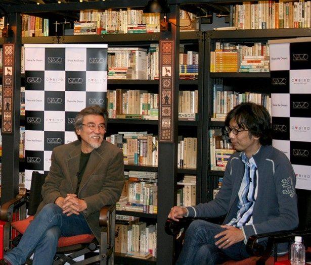 11月26日(水)、松岡正剛さん(写真左)とイシイジロウさん(同右)の対談が東京・豪徳寺の編集工学研究所にて行われた
